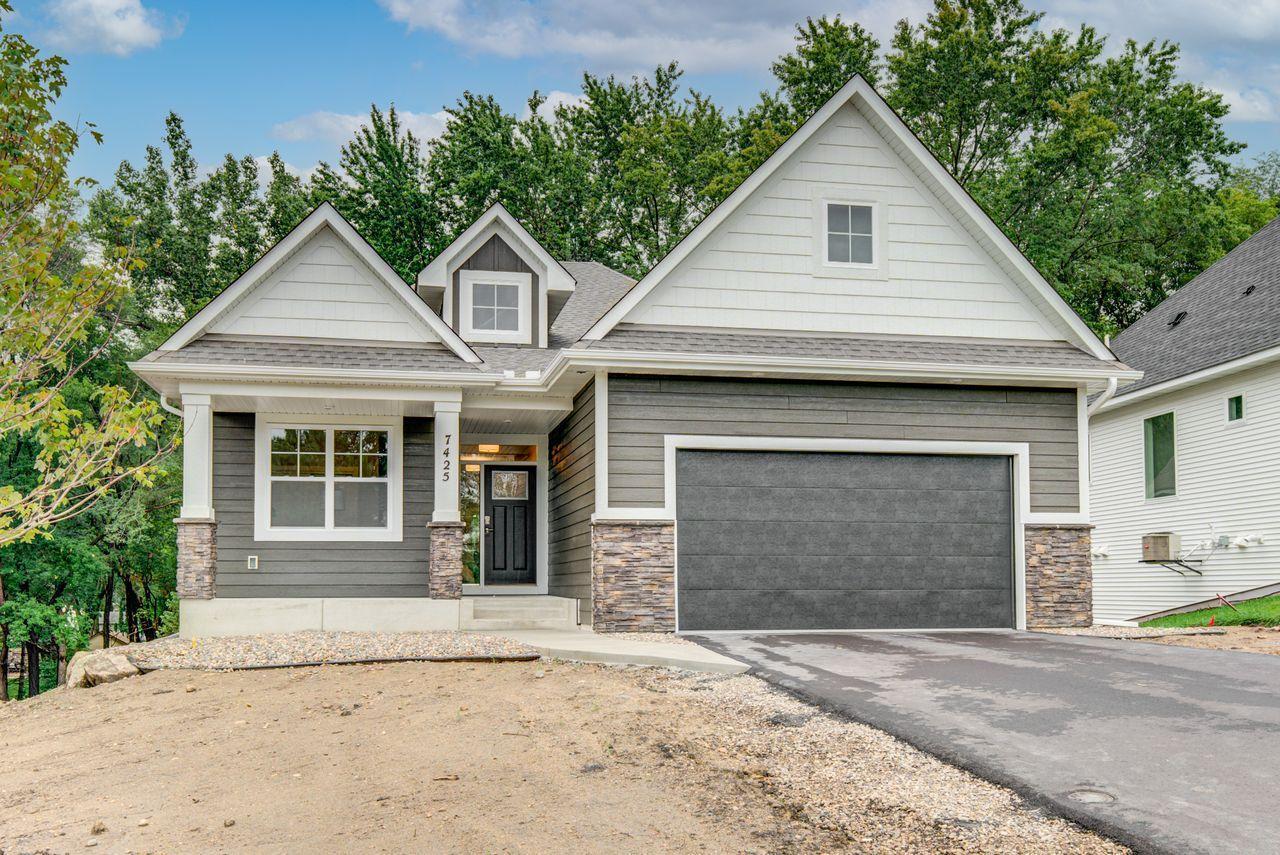 0000152869 Real Estate Listings Main Image