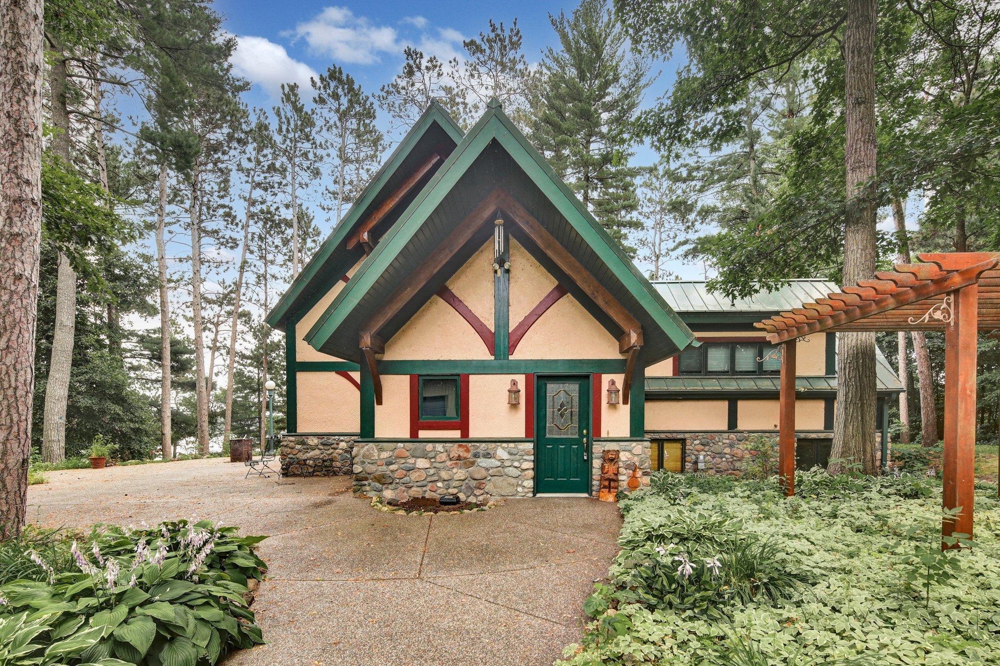 31121 Little Pine Lane Property Photo