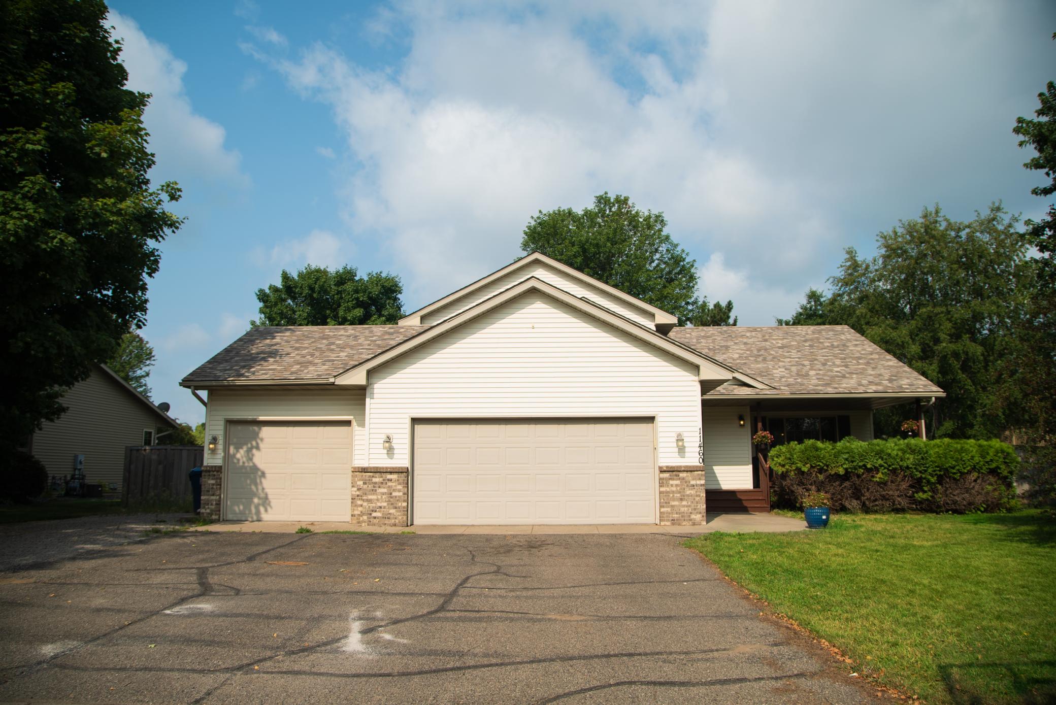 11460 Parkview Drive Property Photo