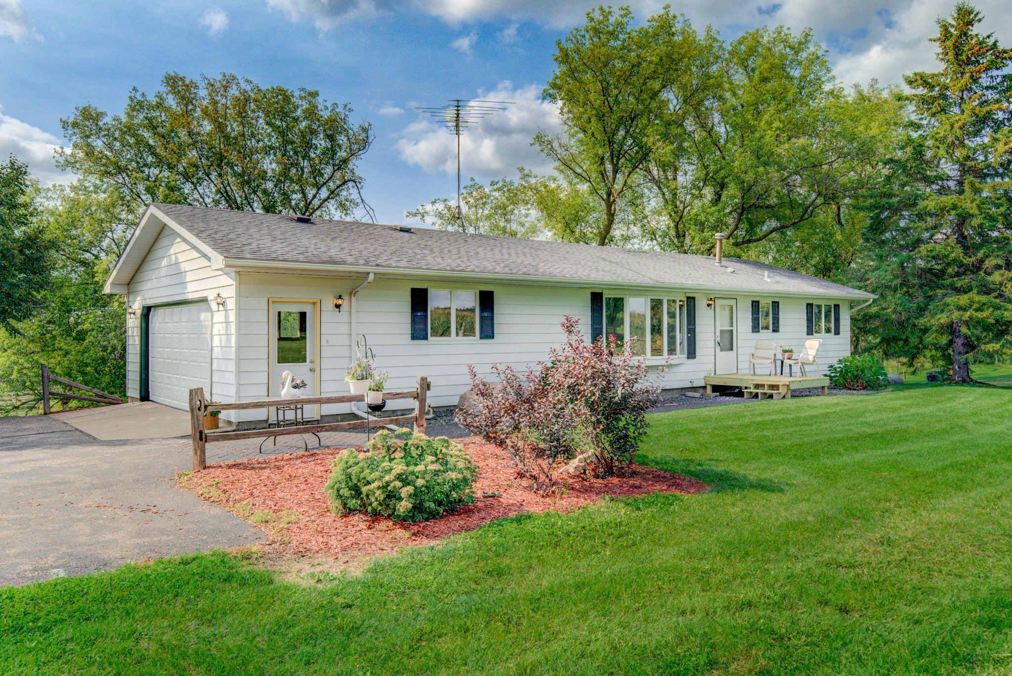 1048 County Road Property Photo