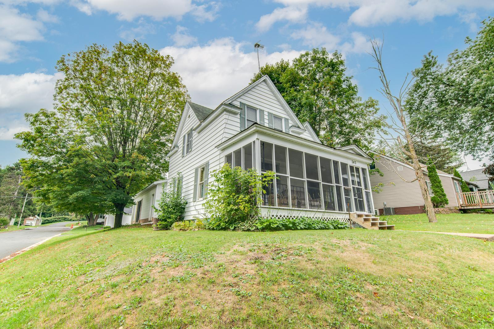 343 Pine Street Property Photo