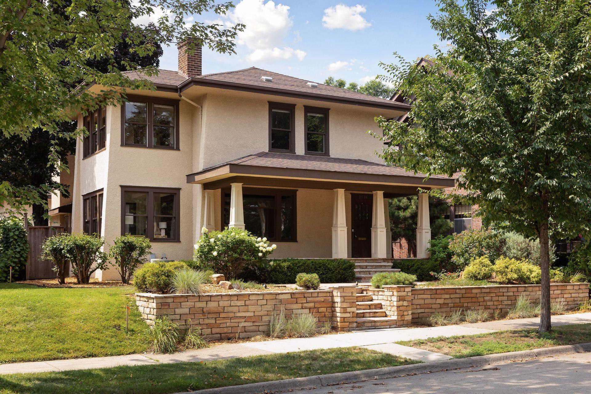 2526 Thomas Avenue Property Photo