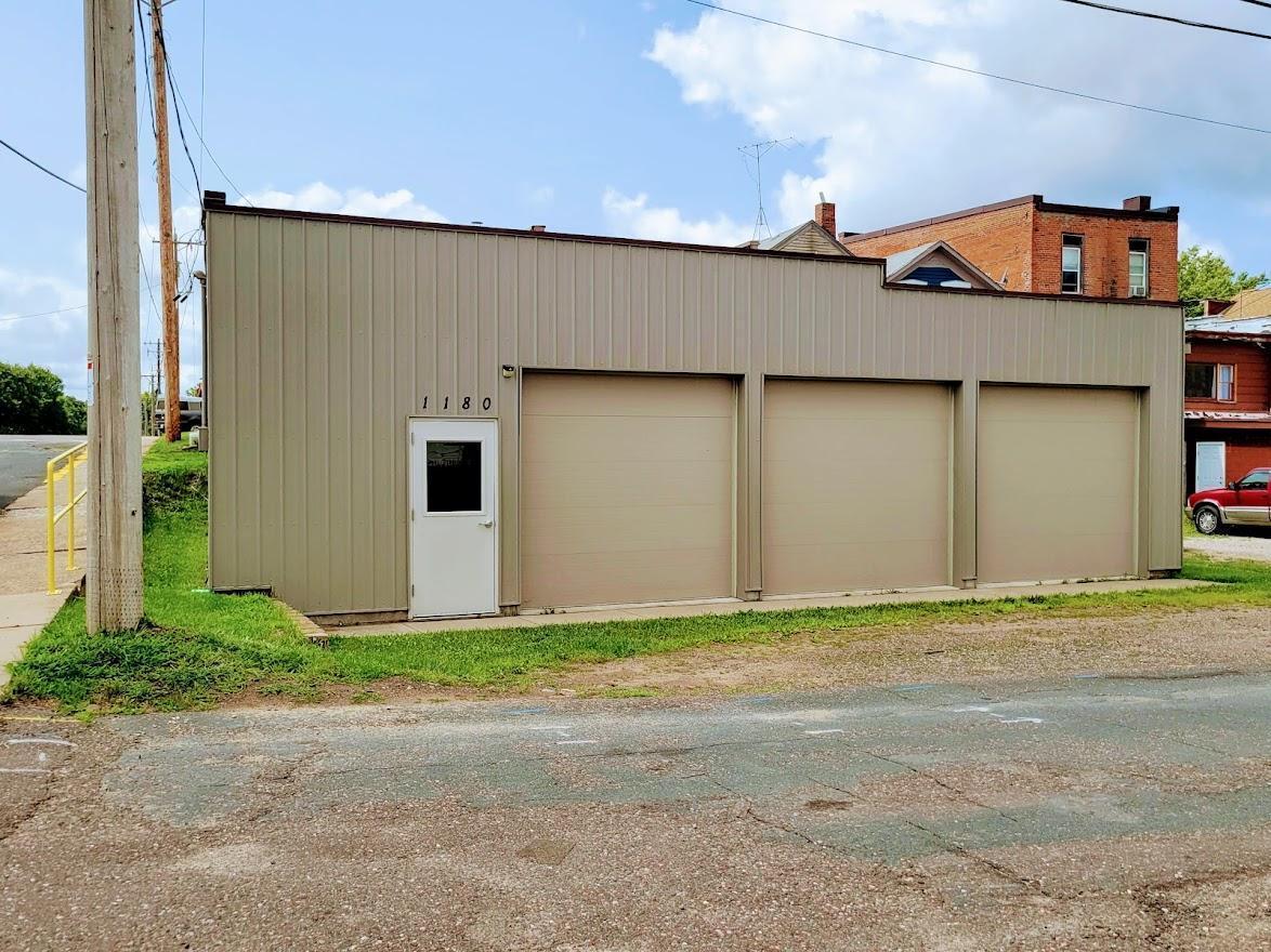 1170 & 1180 Grove Street Property Photo