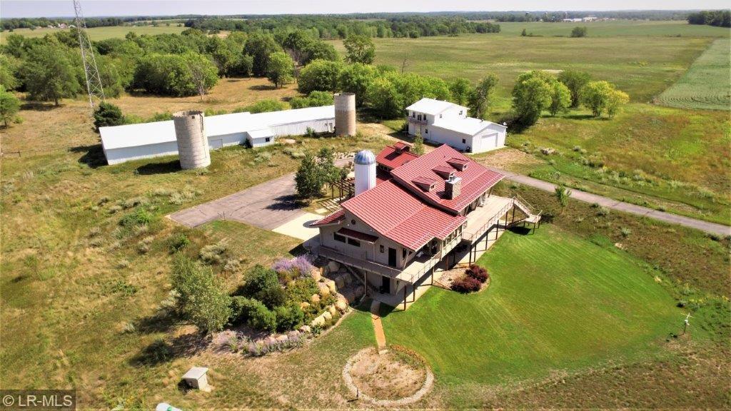 45056 County Highway 35 Property Photo