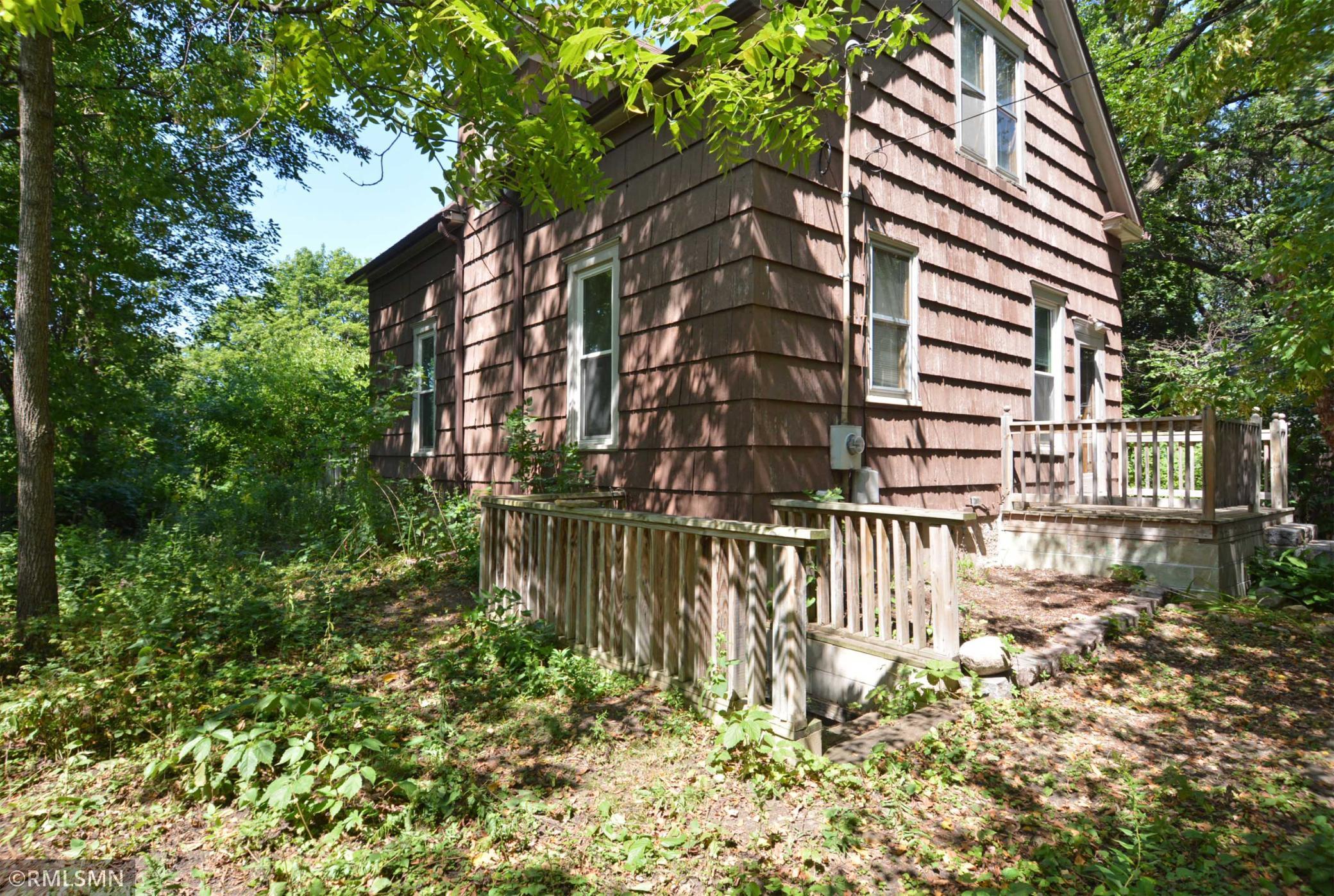 189 Seymour Avenue Property Photo