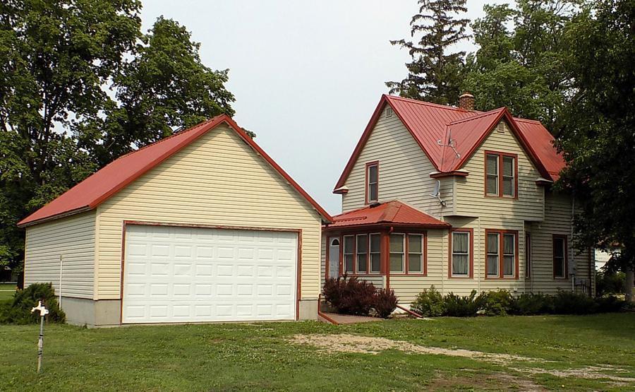 391 Lafayette Avenue Property Photo
