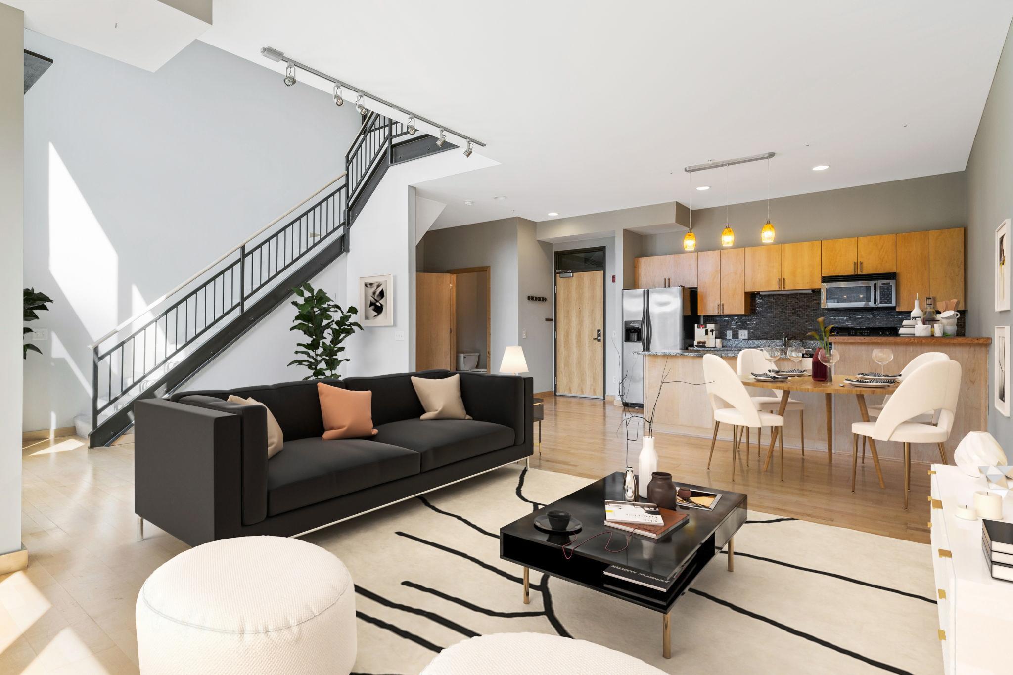 9 W Franklin Avenue Property Photo