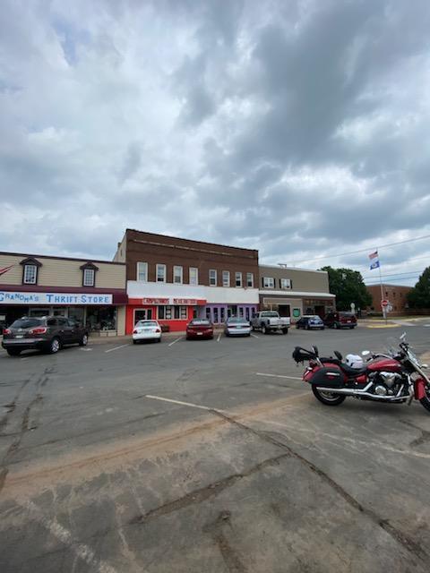 125 Main Street Property Photo