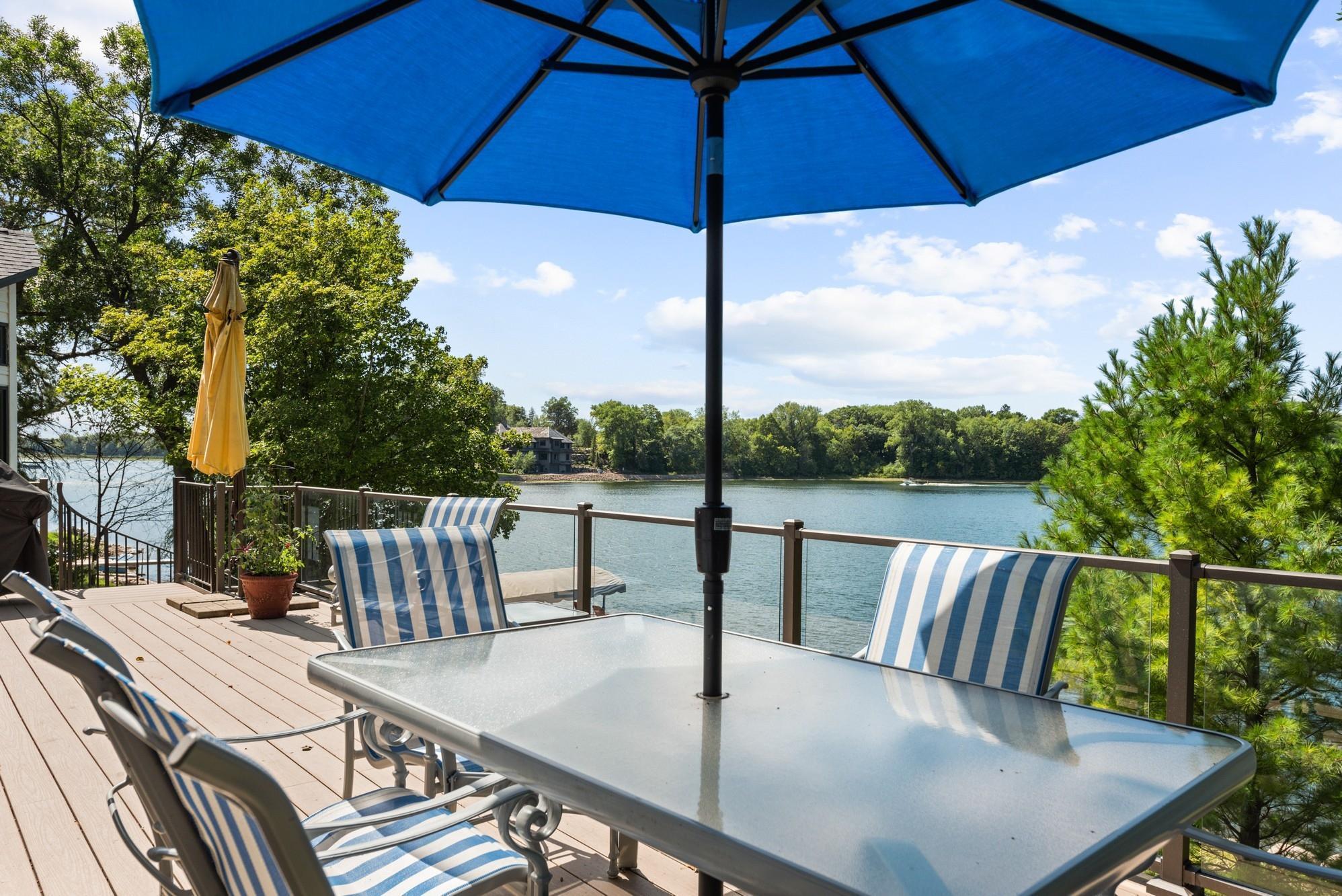5550 Zumbra Lane Property Photo