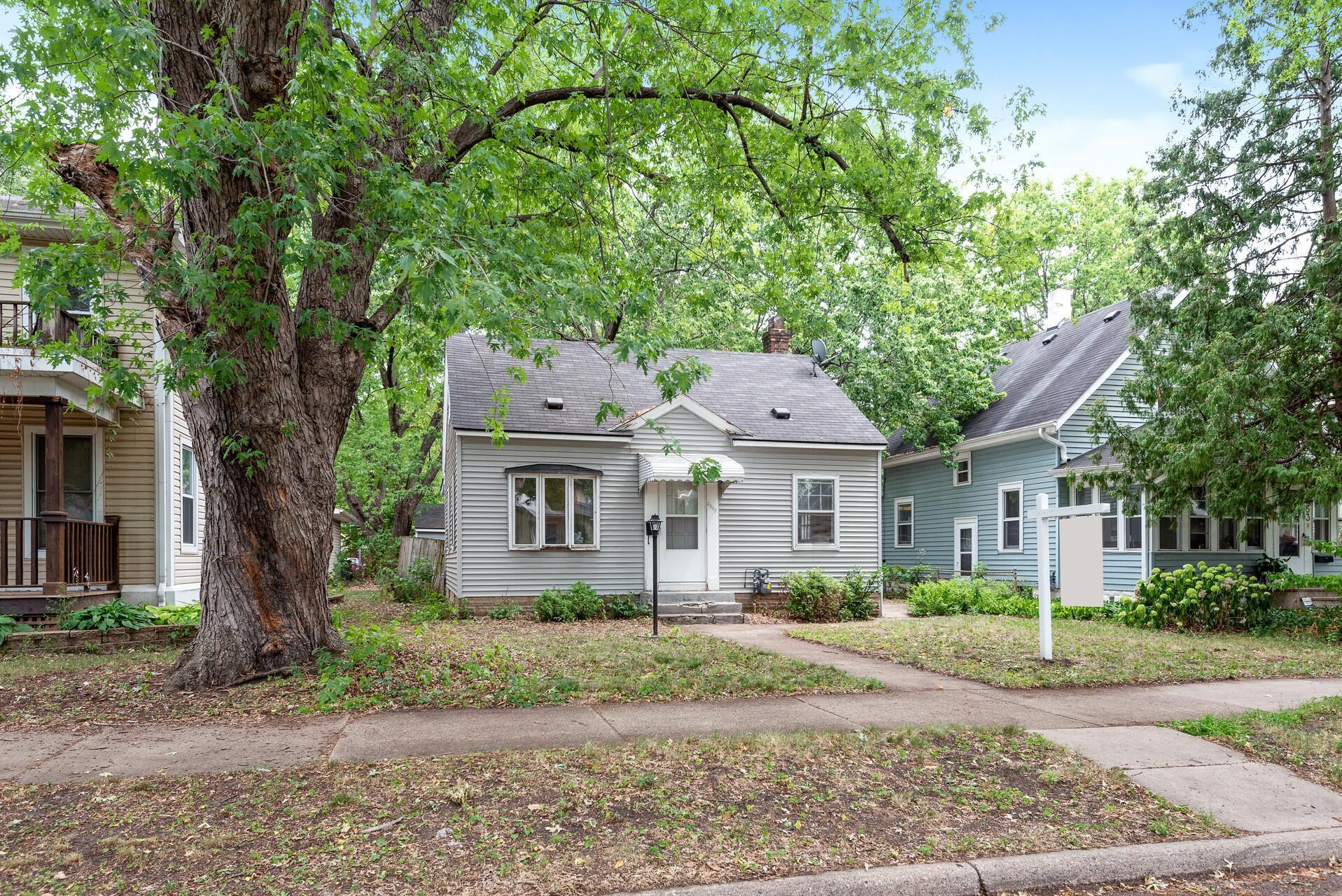 3649 39th Avenue Property Photo