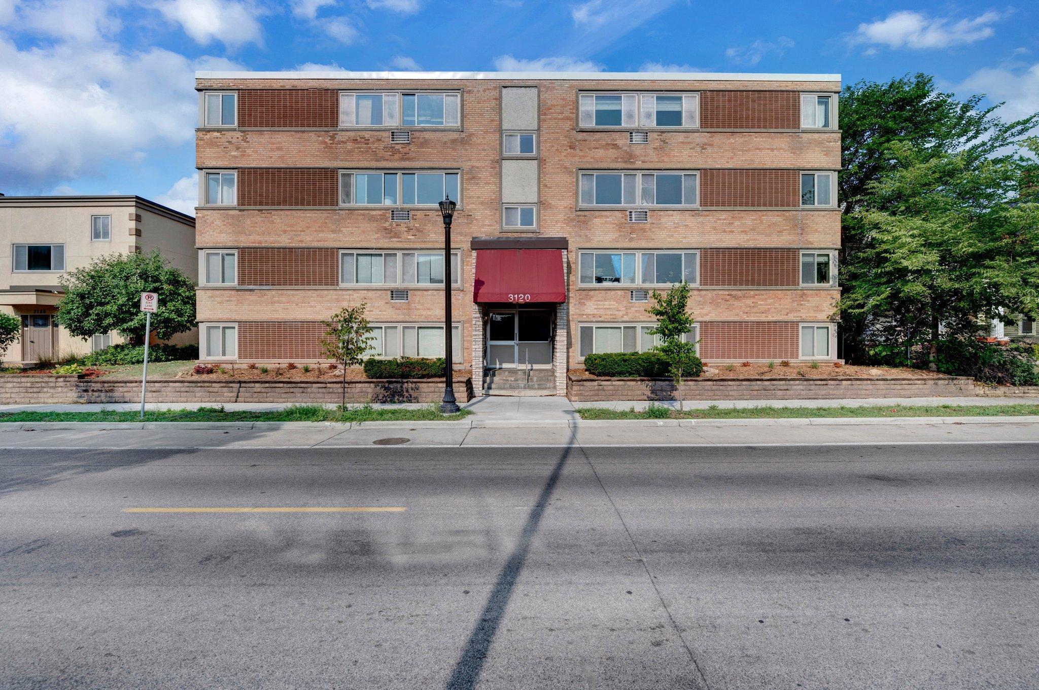 3120 Hennepin Avenue Property Photo