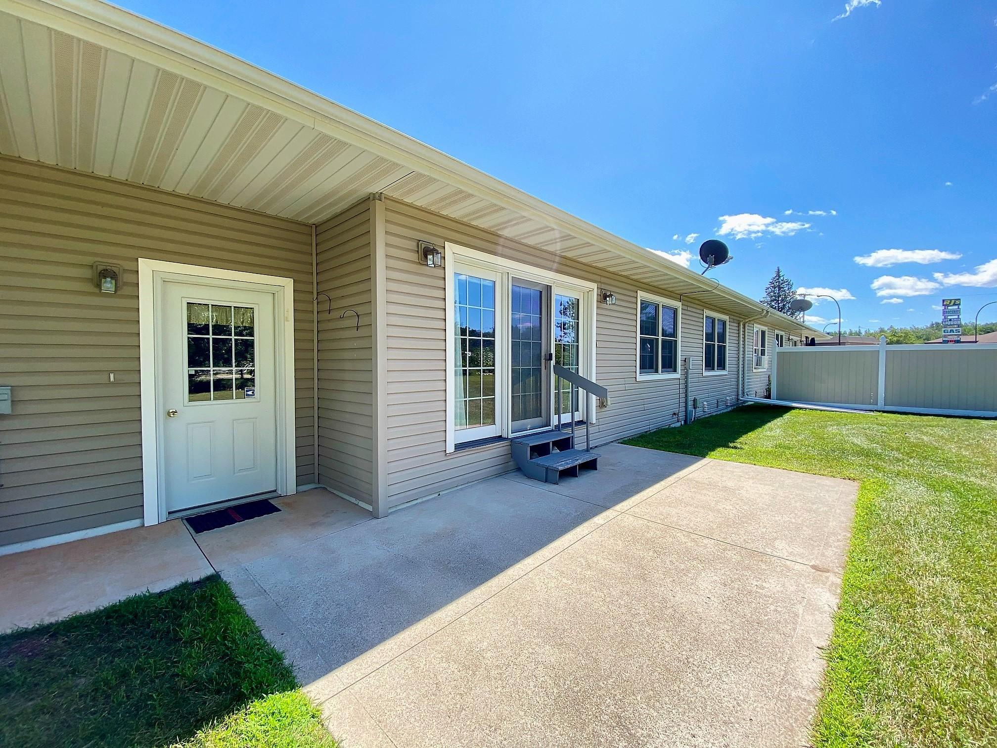 505 Powell Avenue Property Photo