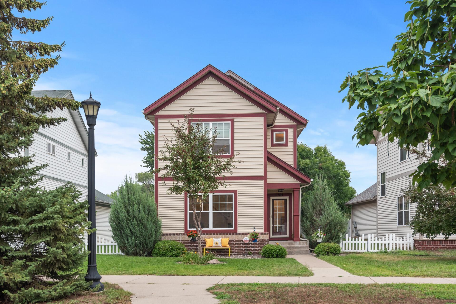 Lind- Bohanon Real Estate Listings Main Image