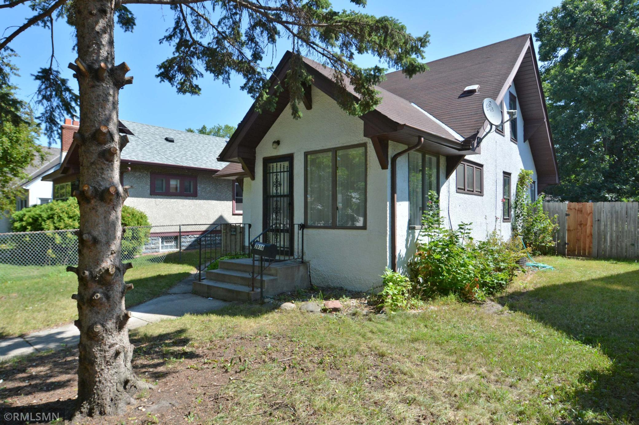 3616 Newton Avenue Property Photo