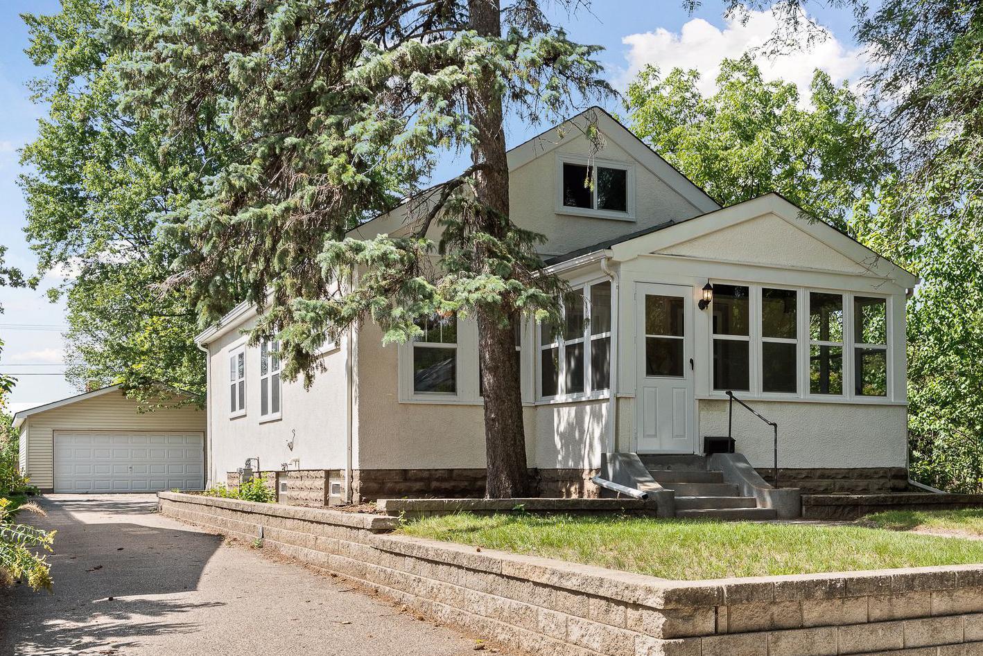 5208 32nd Avenue Property Photo