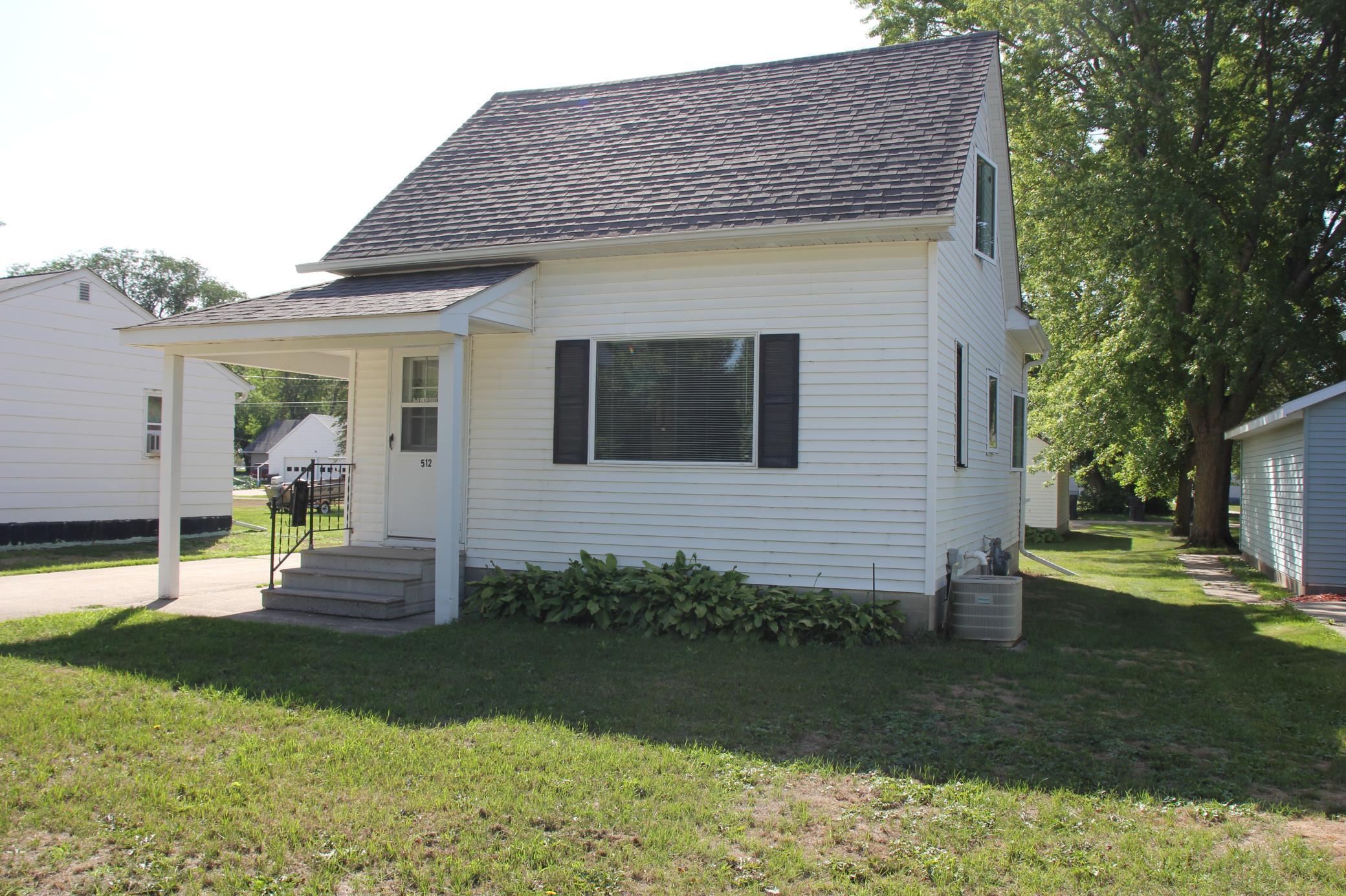 512 E 9th Street Property Photo