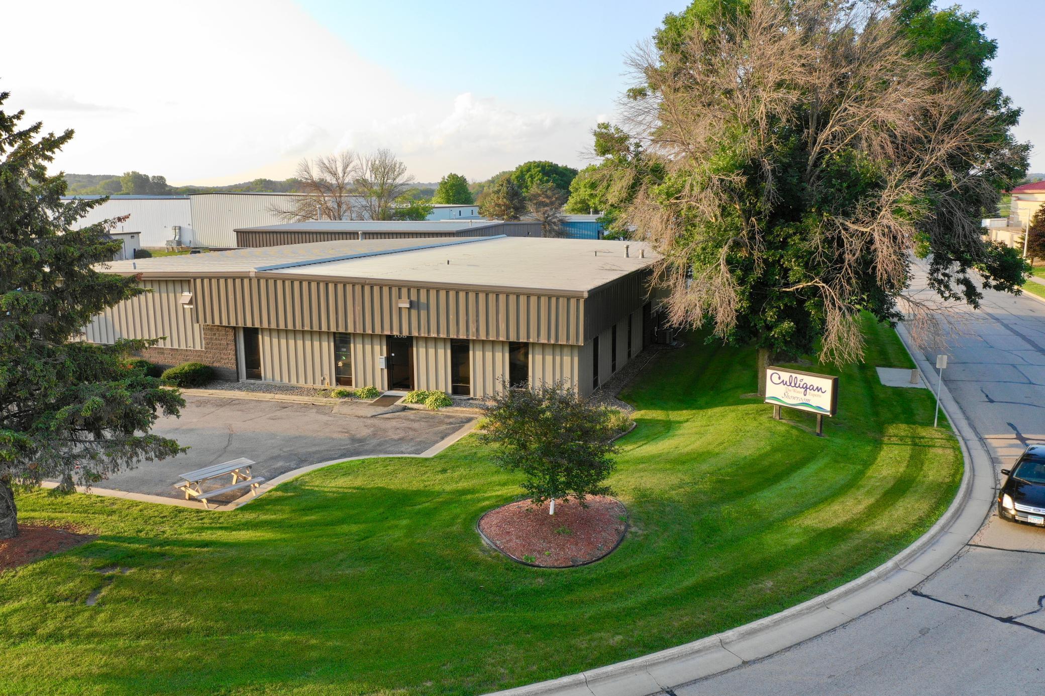 108 Woodlake Drive Property Photo 1
