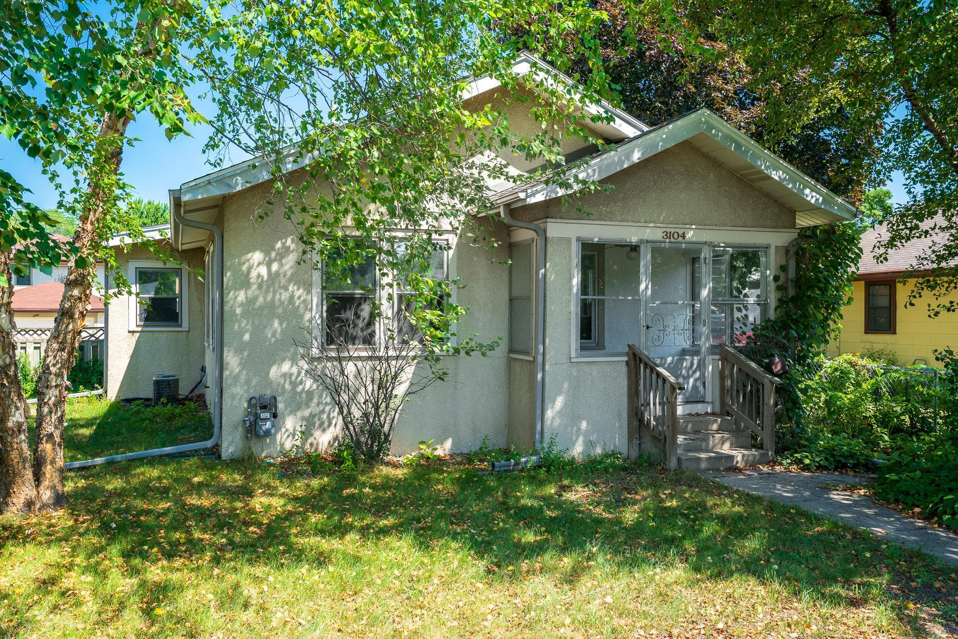 3104 E 52nd Street Property Photo