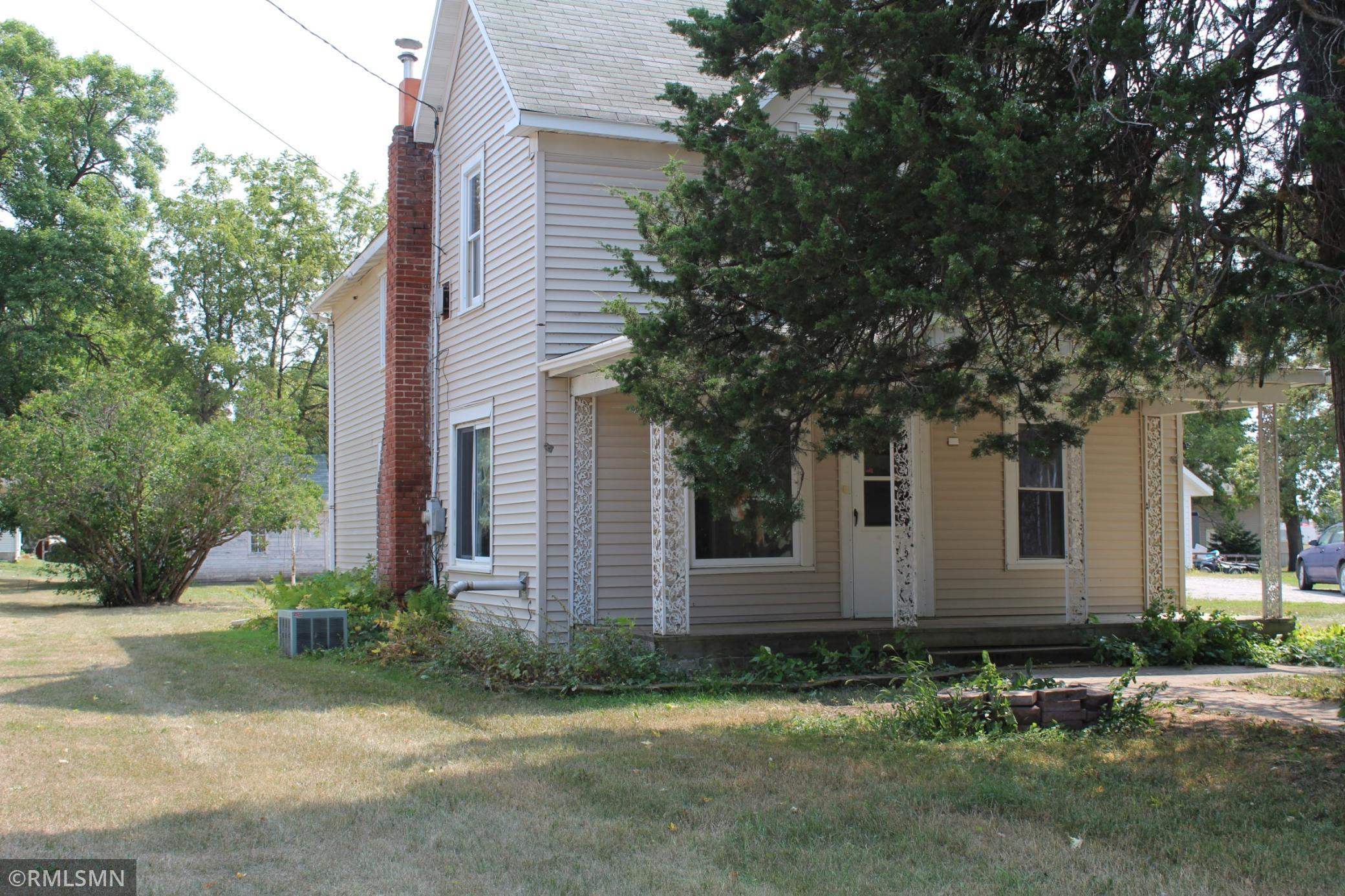 309 Main Street Property Photo