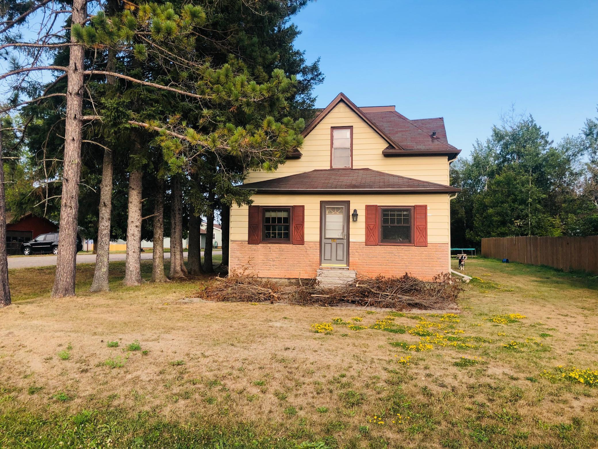 206 Huskie Boulevard Property Photo