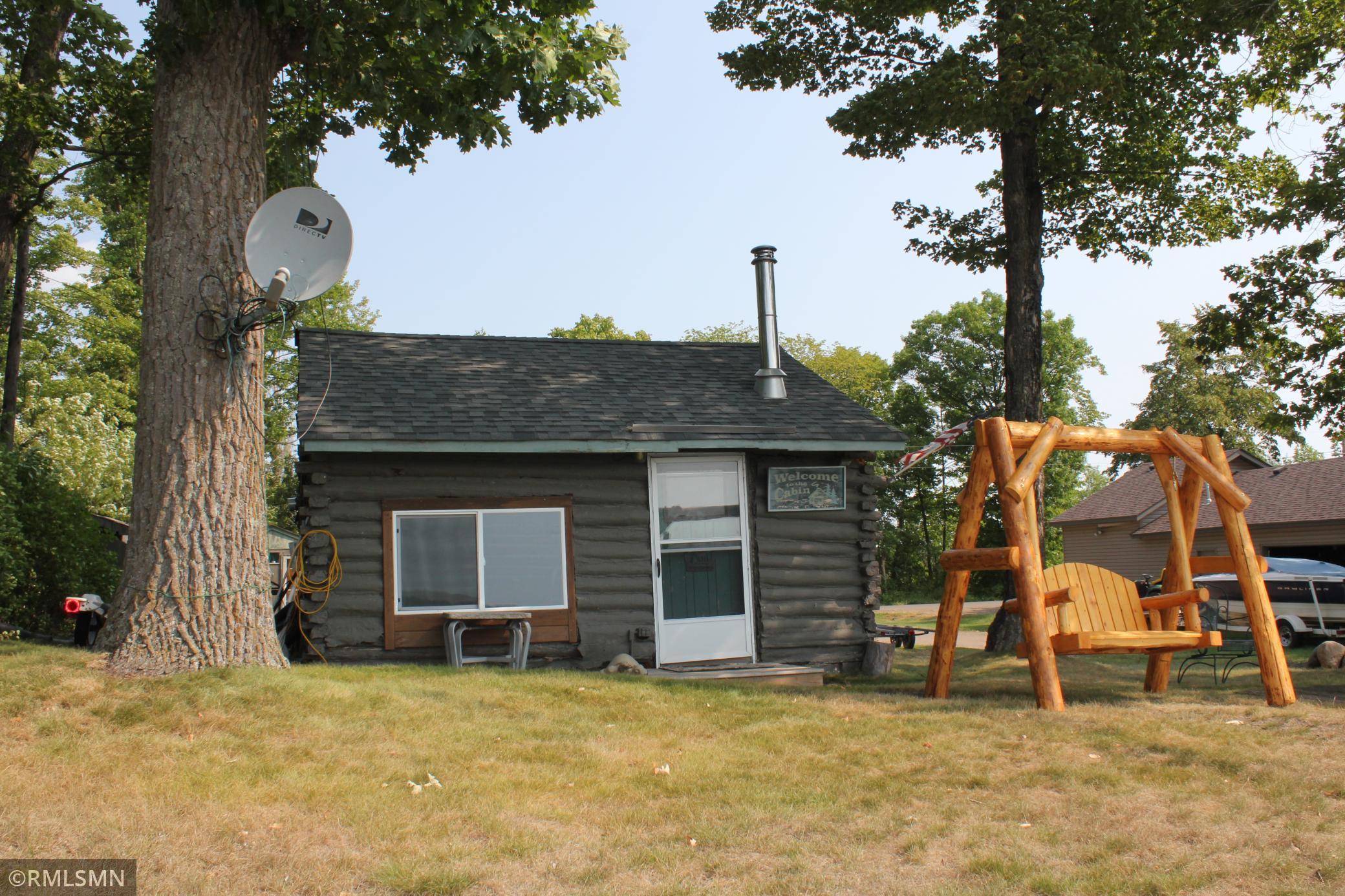 26627 Linden Street Property Photo