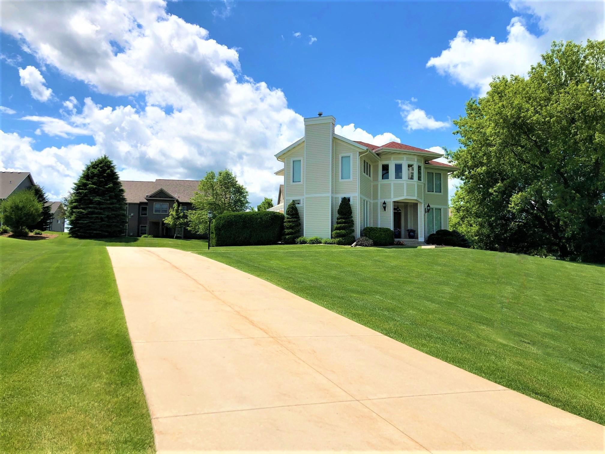 1208 Greystone Lane Property Photo 1