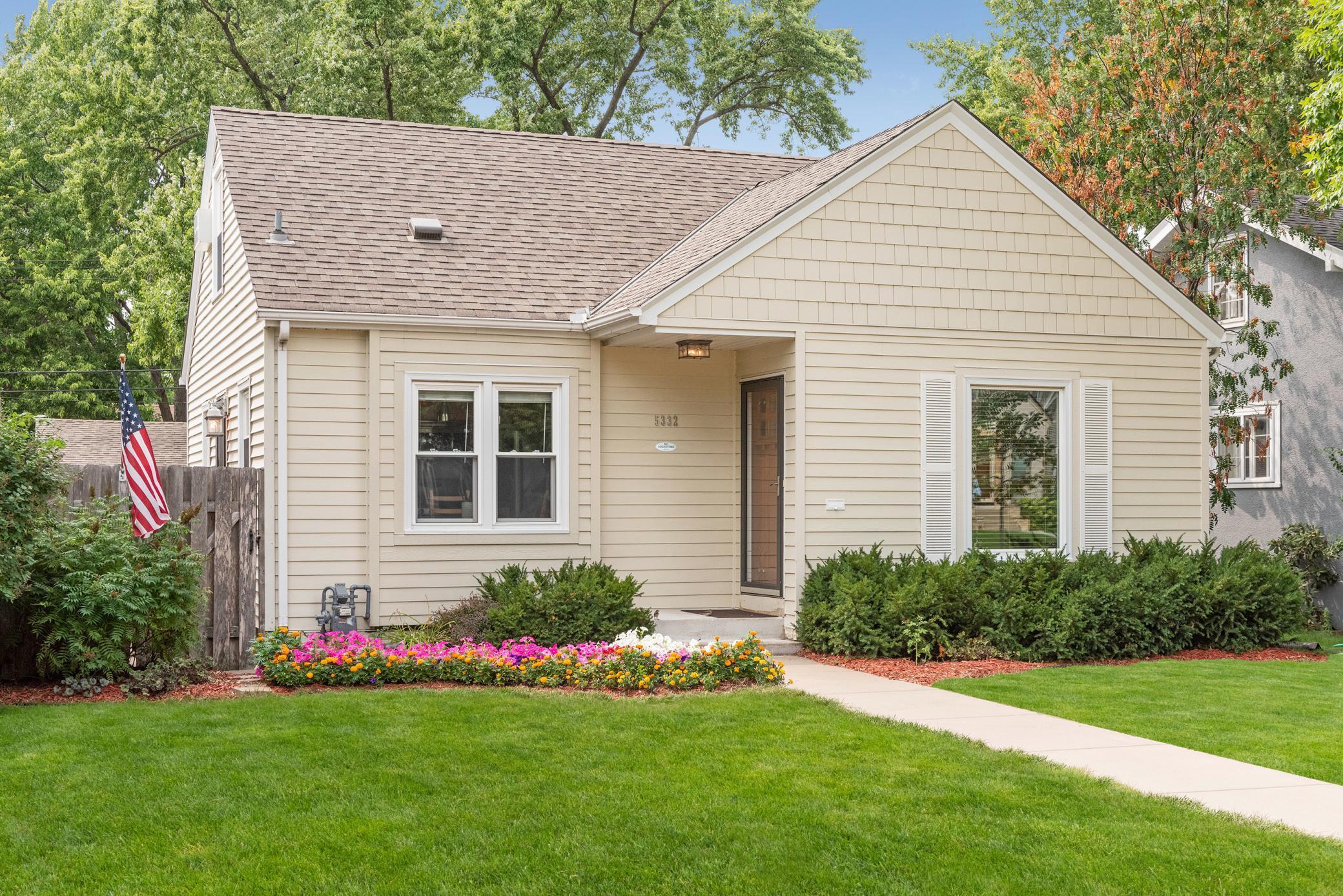 5332 Knox Avenue Property Photo