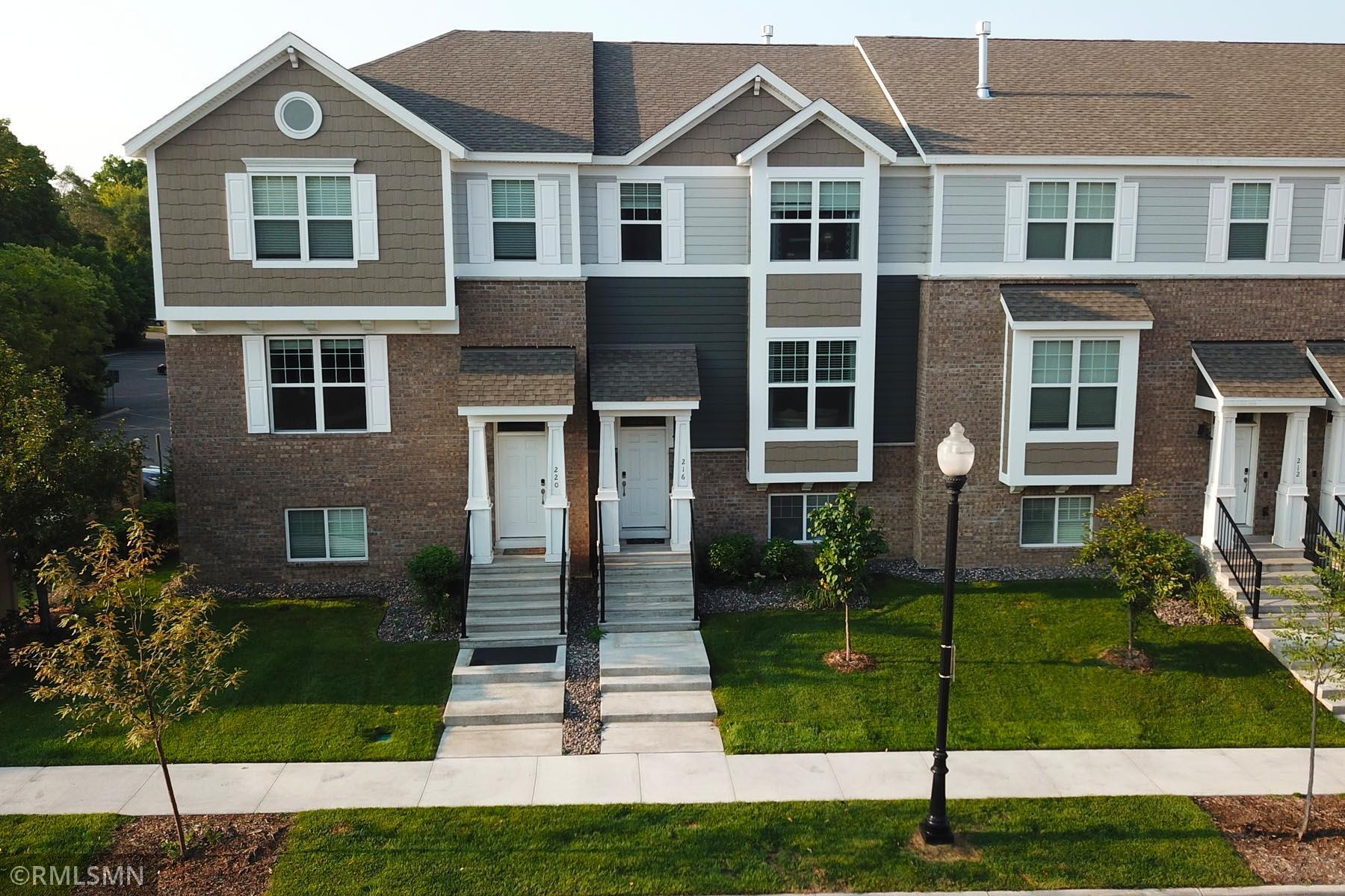 216 Monroe Street Property Photo