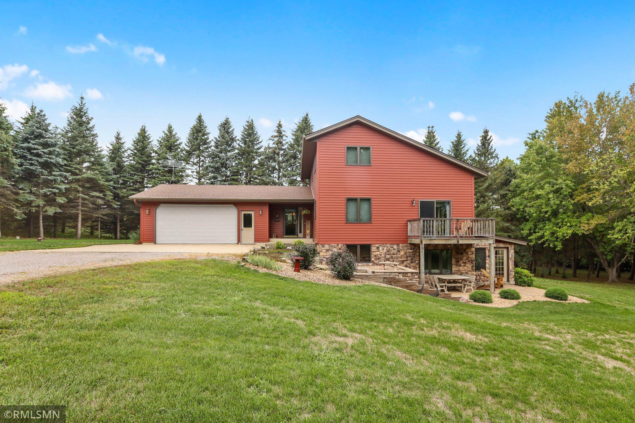 24119 Mn Highway 15 Property Photo