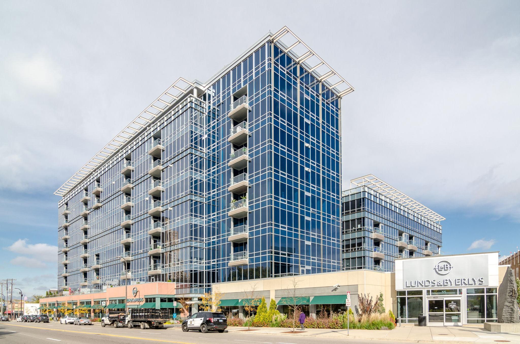 45 University Avenue Property Photo