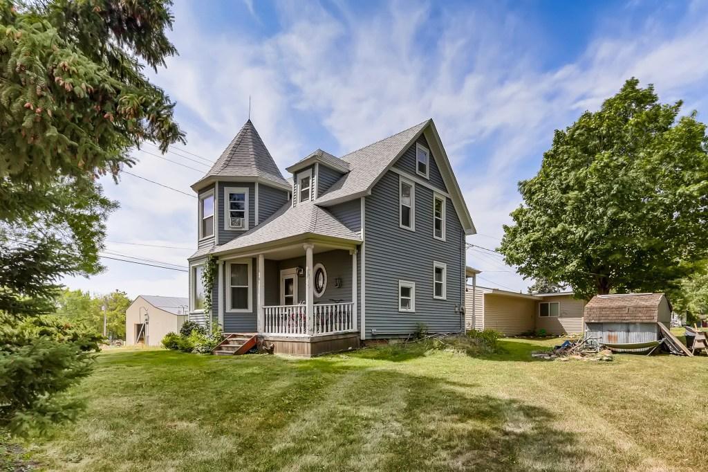 101 Bluejay Avenue Property Photo