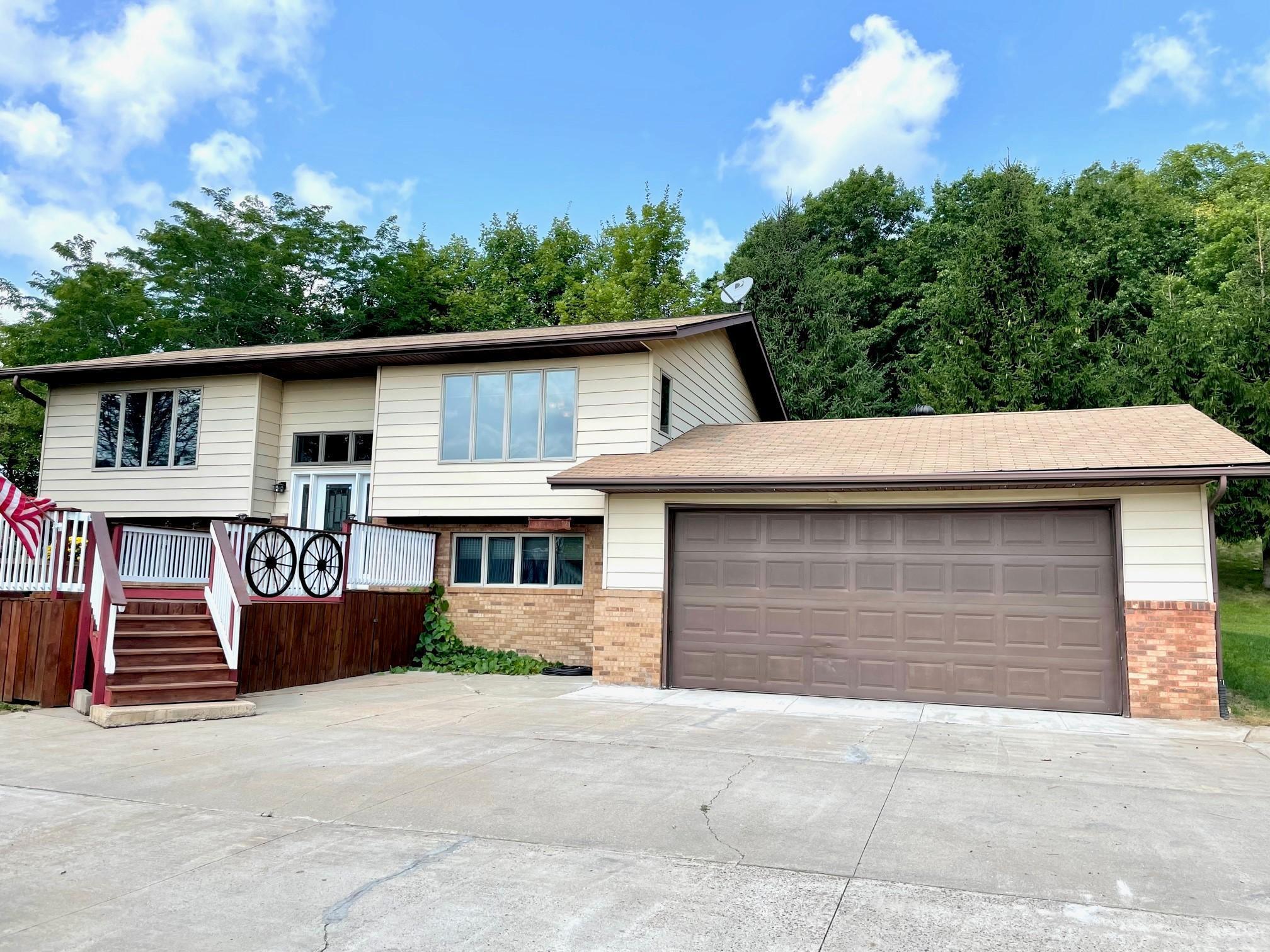 8753 N County Road K Property Photo