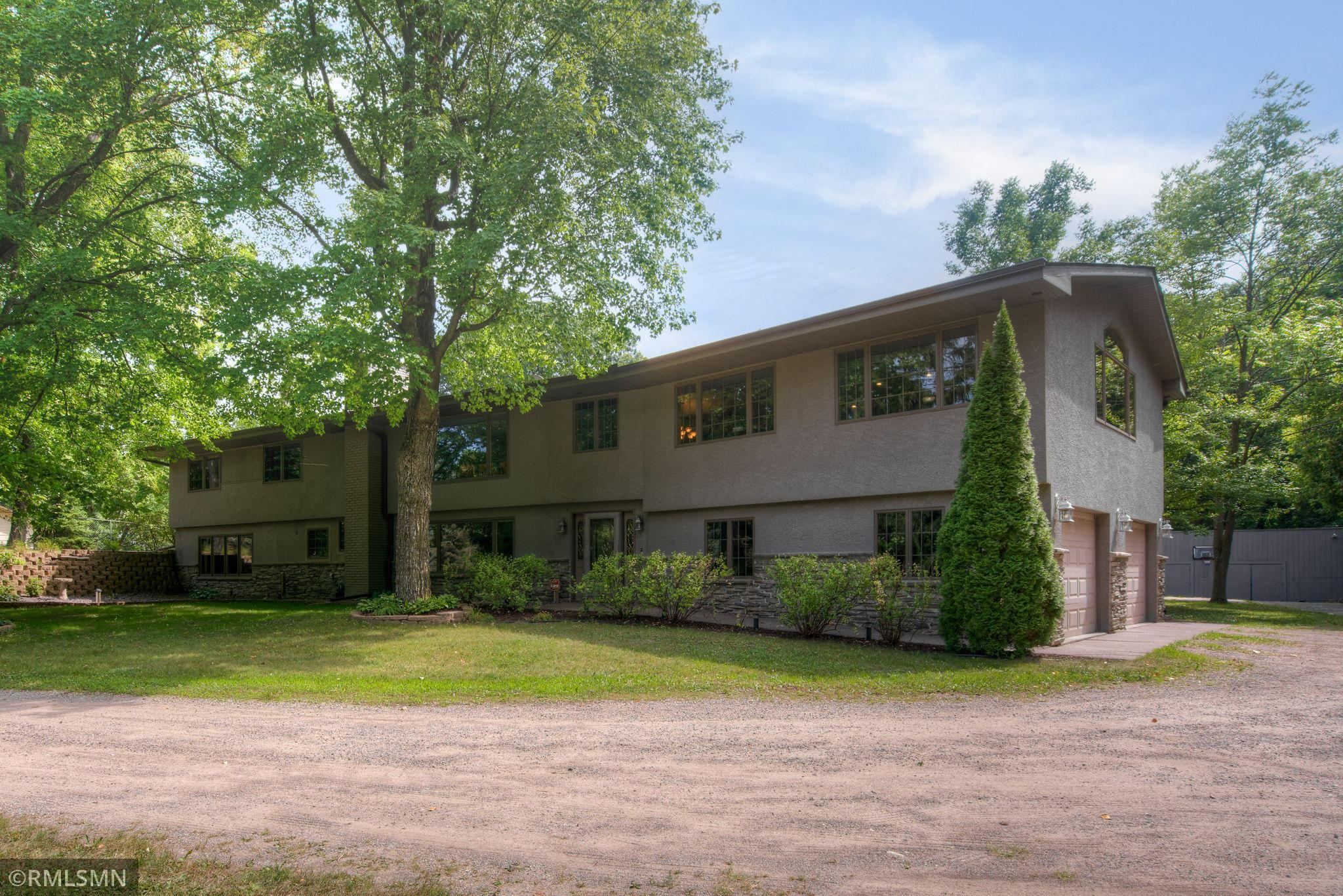 14261 N Diamond Lake Road Property Photo