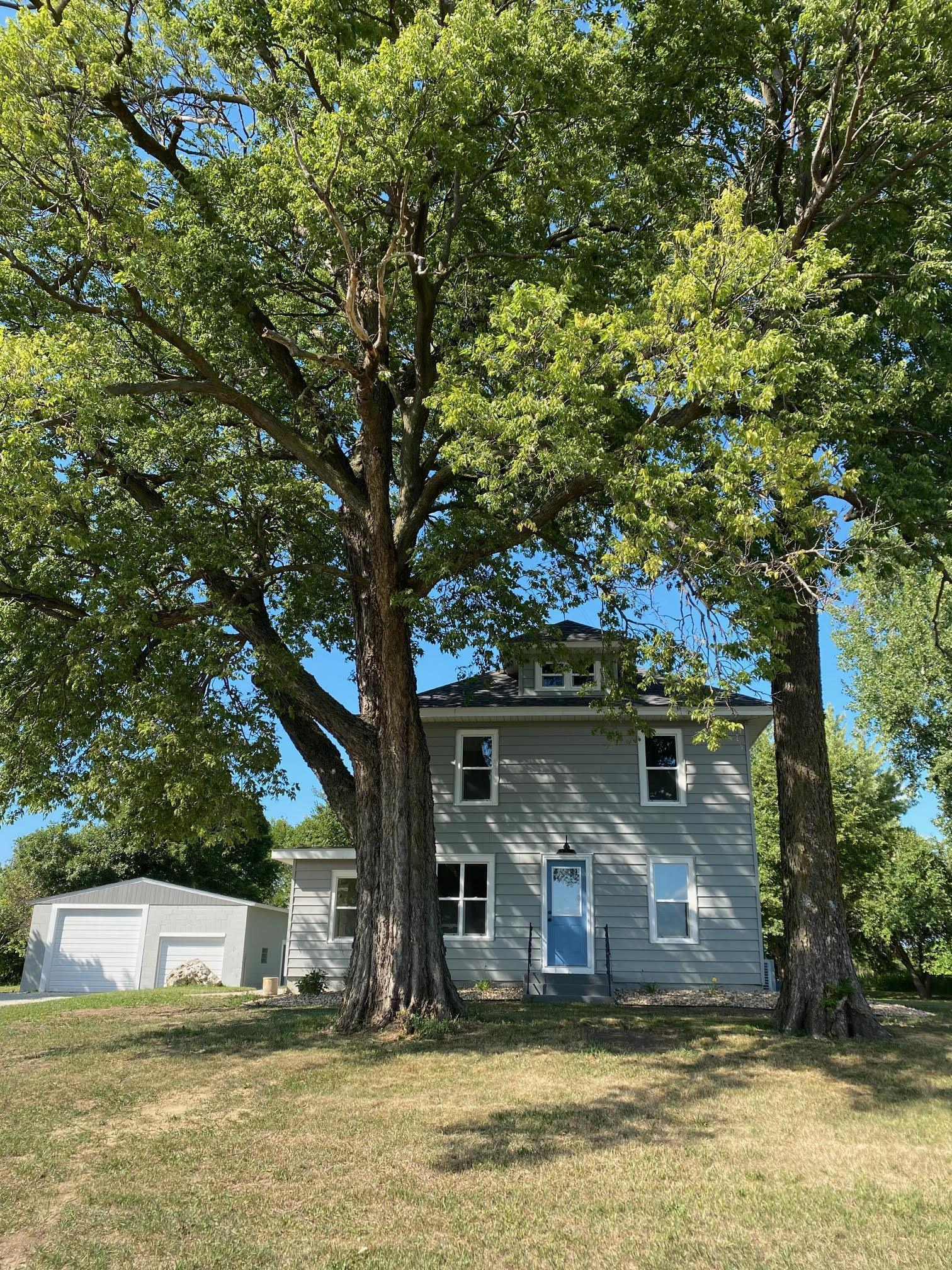 5355 210th Street Property Photo