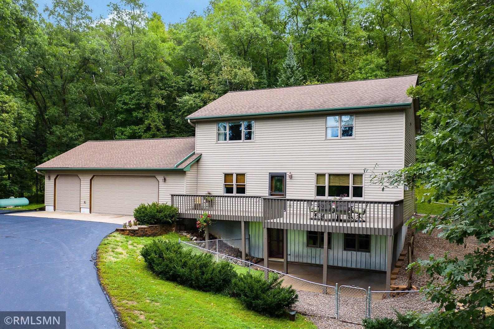 890 207th Street Property Photo
