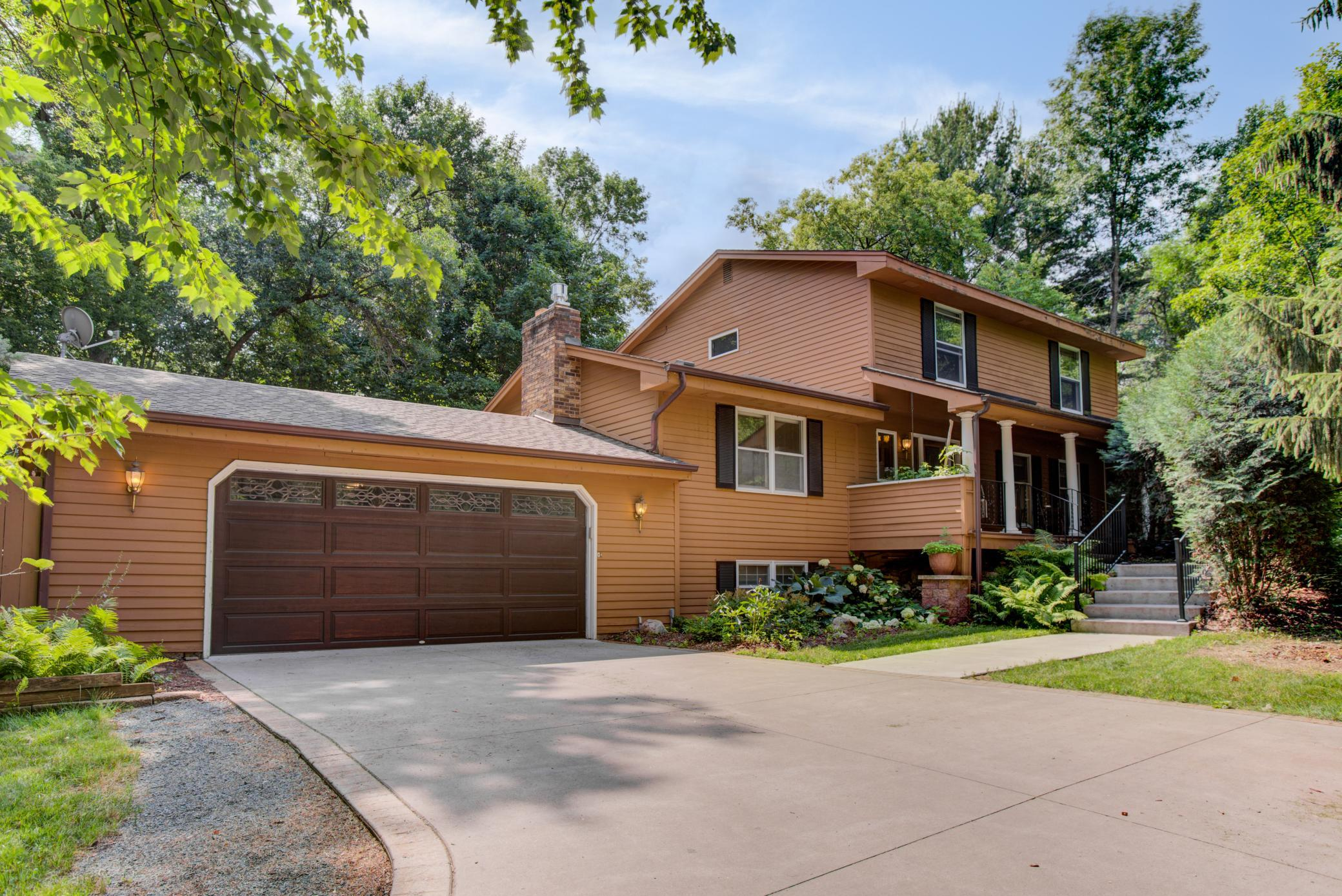 Birchwood Village Real Estate Listings Main Image