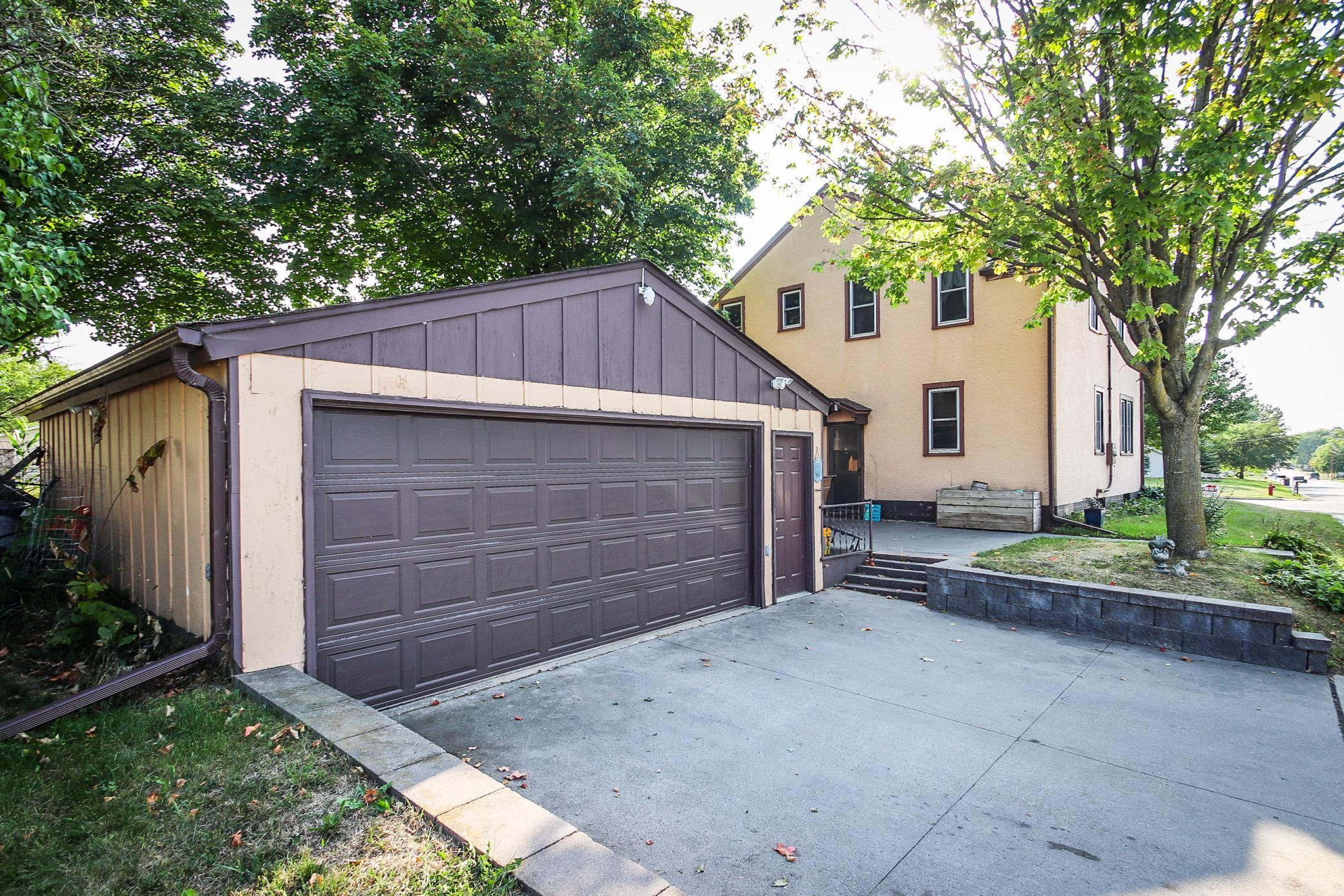 340 2nd Street Property Photo