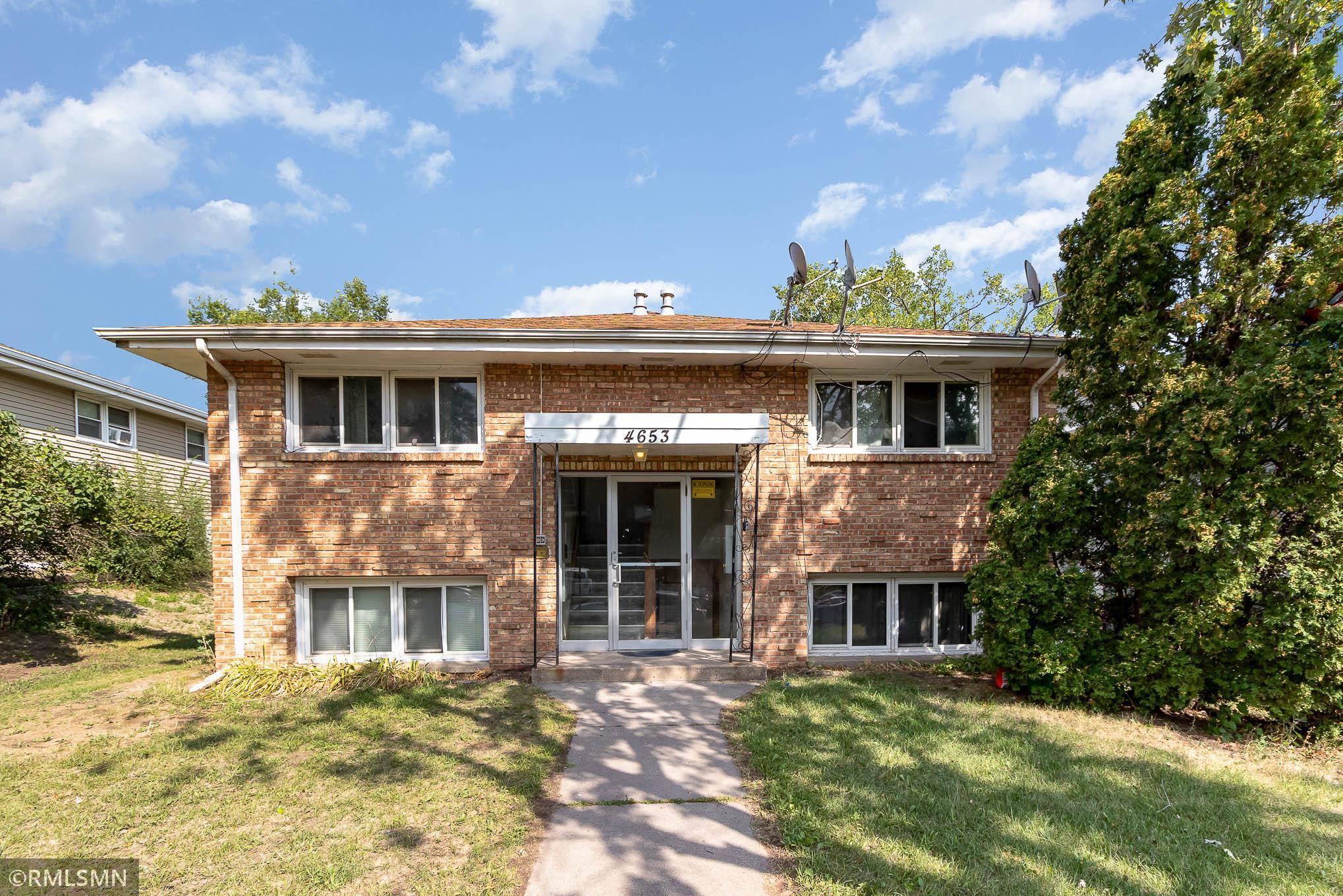 4653 Tyler Street Property Photo