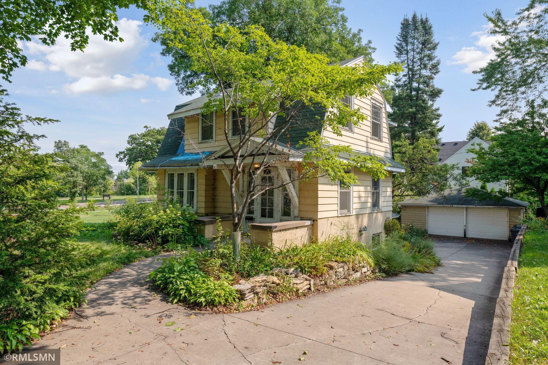 4811 38th Avenue Property Photo