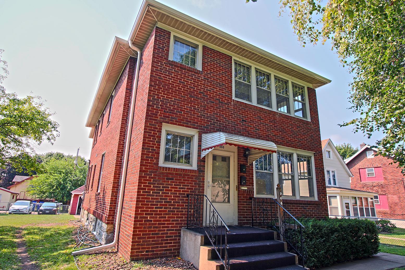 966 Cook Avenue Property Photo