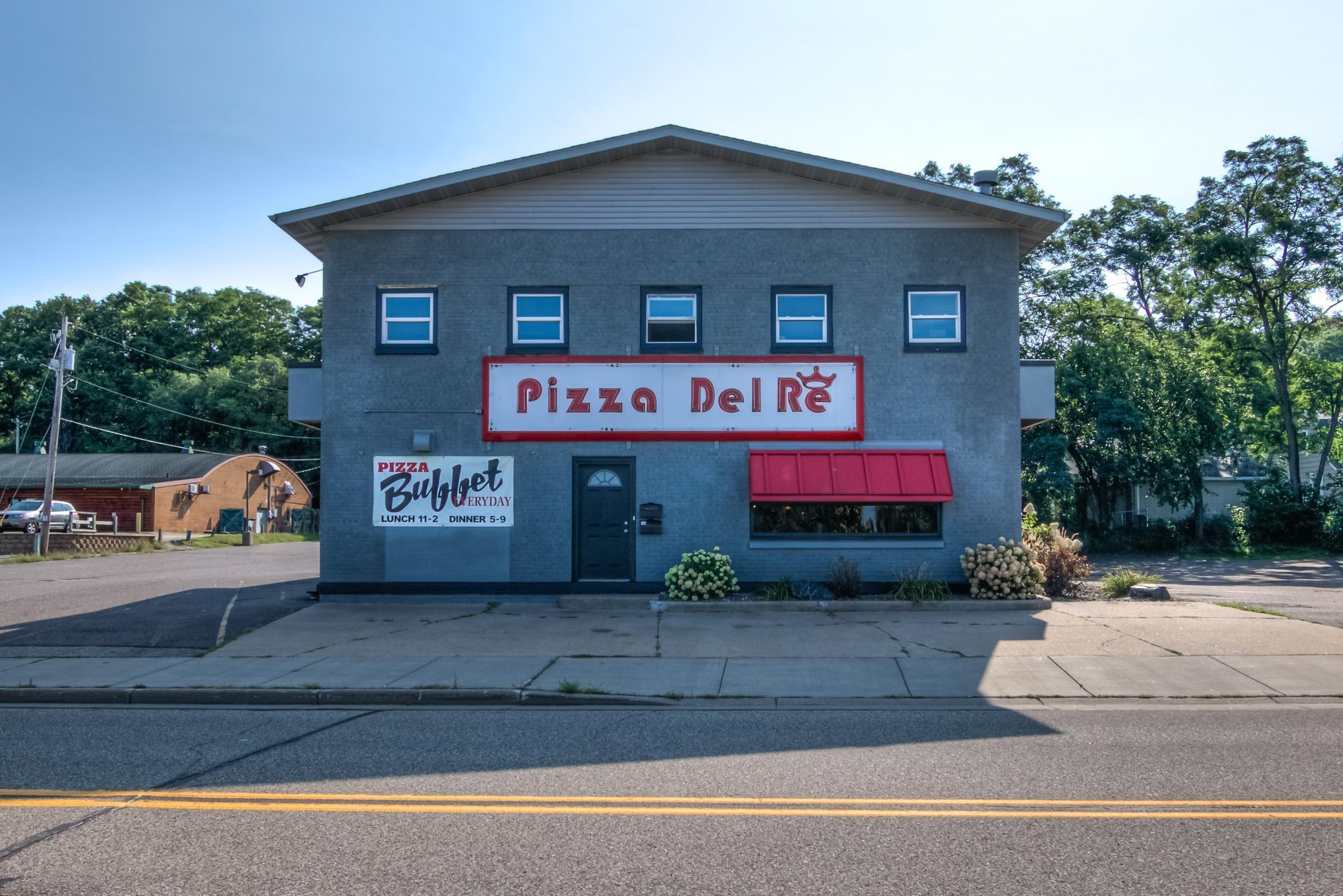 N 911 Hastings Way Property Photo