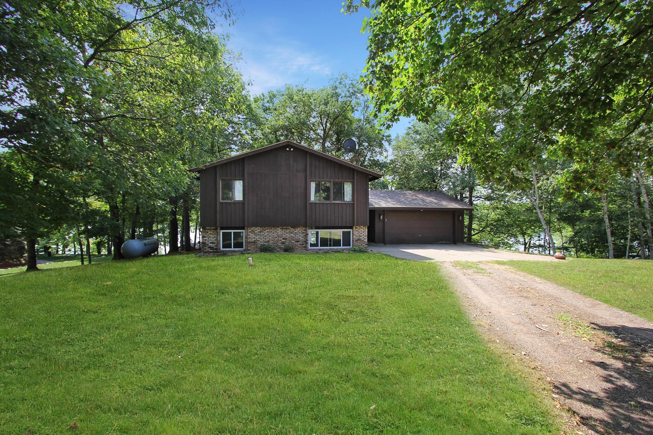 27273 Greenwood Isle Lane Property Photo