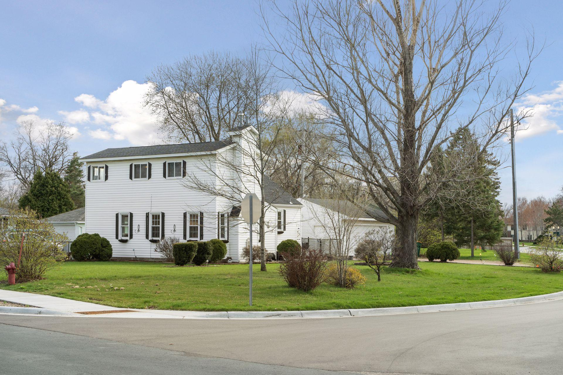 6218 Lilac Drive Property Photo