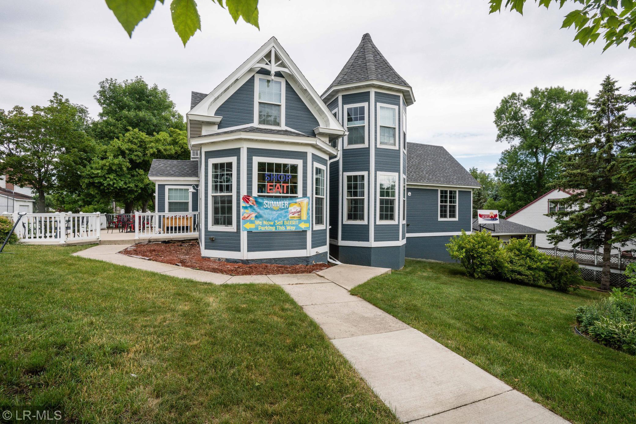 102 W Summit Street Property Photo