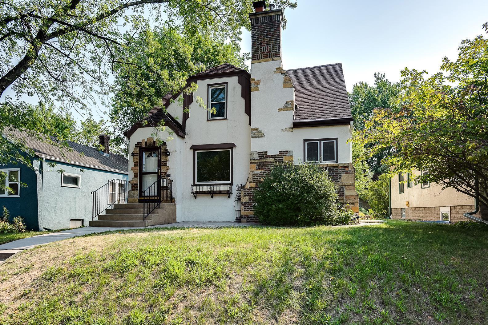 4146 Sheridan Avenue Property Photo