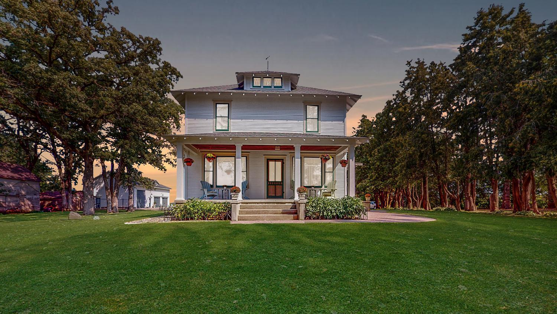 7689 County 44 Boulevard Property Photo