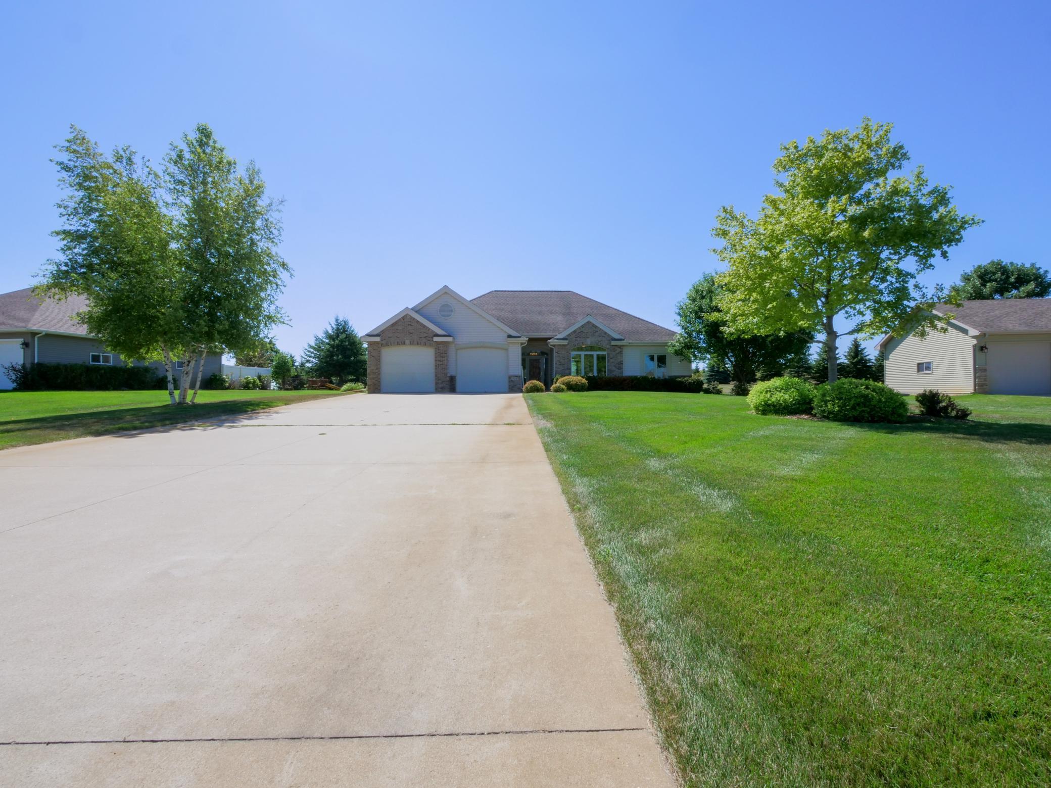 926 Latoka Heights Lane Property Photo 1