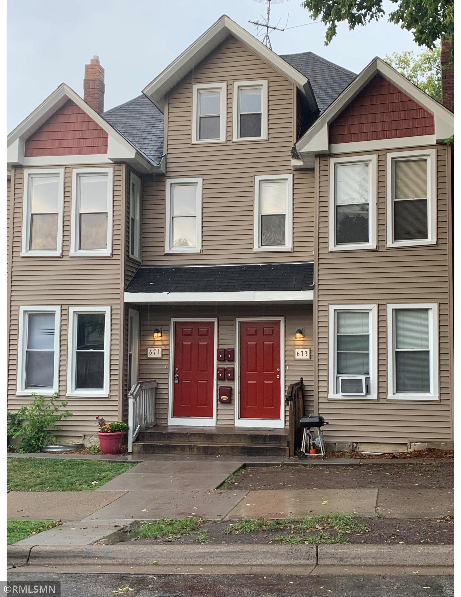671 Sims Avenue Property Photo