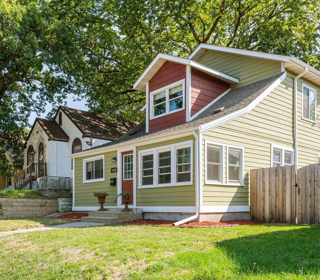 Cleveland Real Estate Listings Main Image
