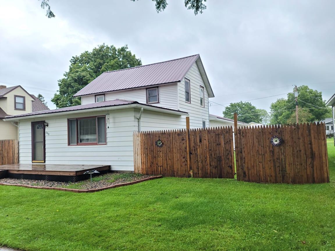 206 S Jefferson Street Property Photo 1